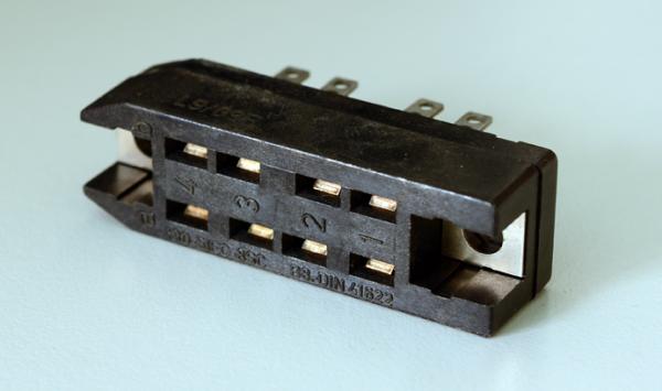 Amphenol Tuchel 8pole female connector DIN 41622. NOS
