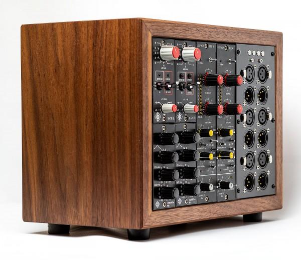 SonicWorld custom wooden rack for 2 x Neumann V476, 2 x Telefunken W695a and 2 x BFE BKE4 modules