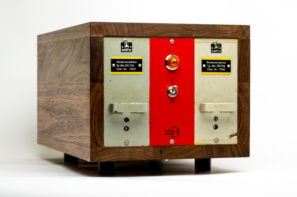 SonicWorld custom wooden rack for 2 x ALBIS 502/59b preamp modules