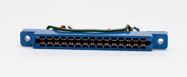 Female connector for API 500 Serie Modules used