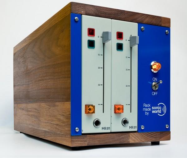SonicWorld custom wooden rack for 2 x RFT MR811