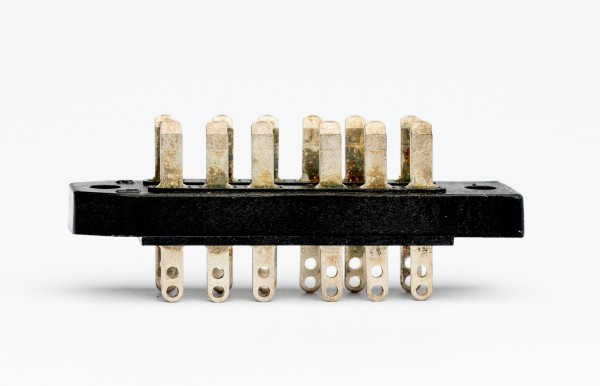 Amphenol Tuchel 12pol Male Connector for V72/V76 etc. NEW